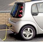 """Electric """"plug-in"""" - regatul verde"""