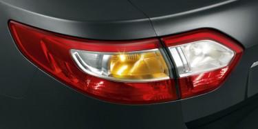 Renault-Fluence-detaliu-stop