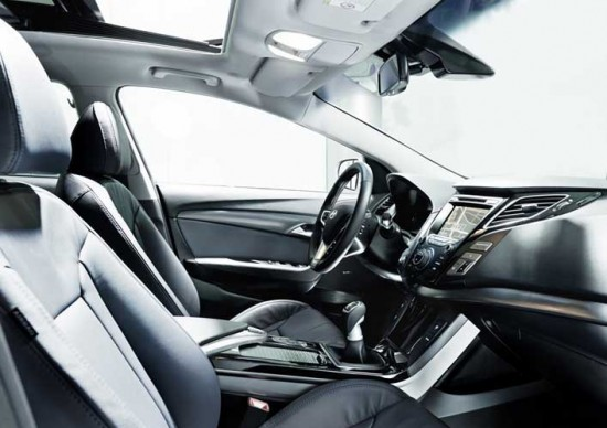 Noul Hyunday i40 la interior